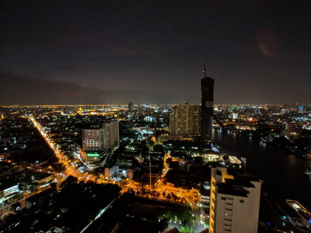 Millennium-Hilton-Bangkok-rooftop-night