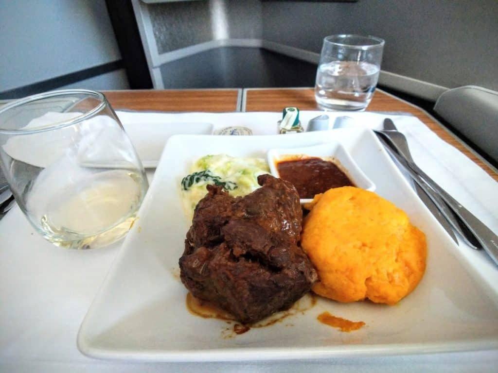 American Airlines 777-200 Business Class main course