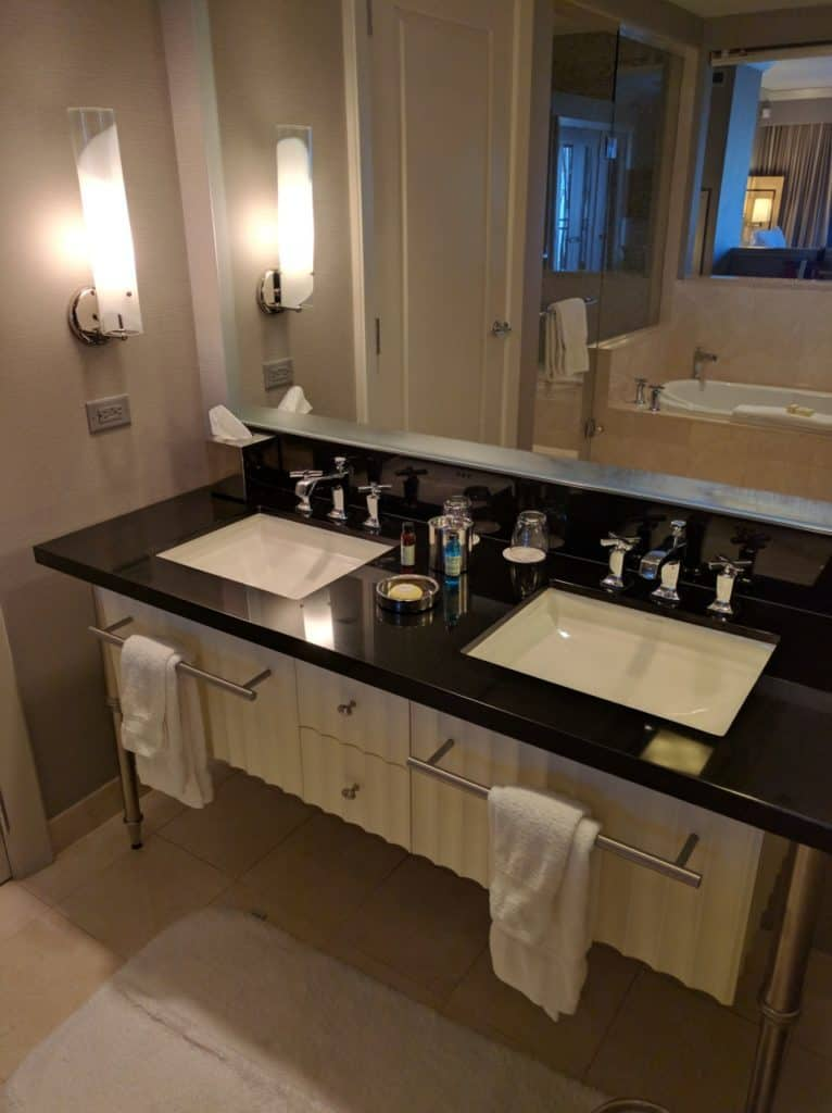 hotel-review-the-cosmopolitan-las-vegas-007