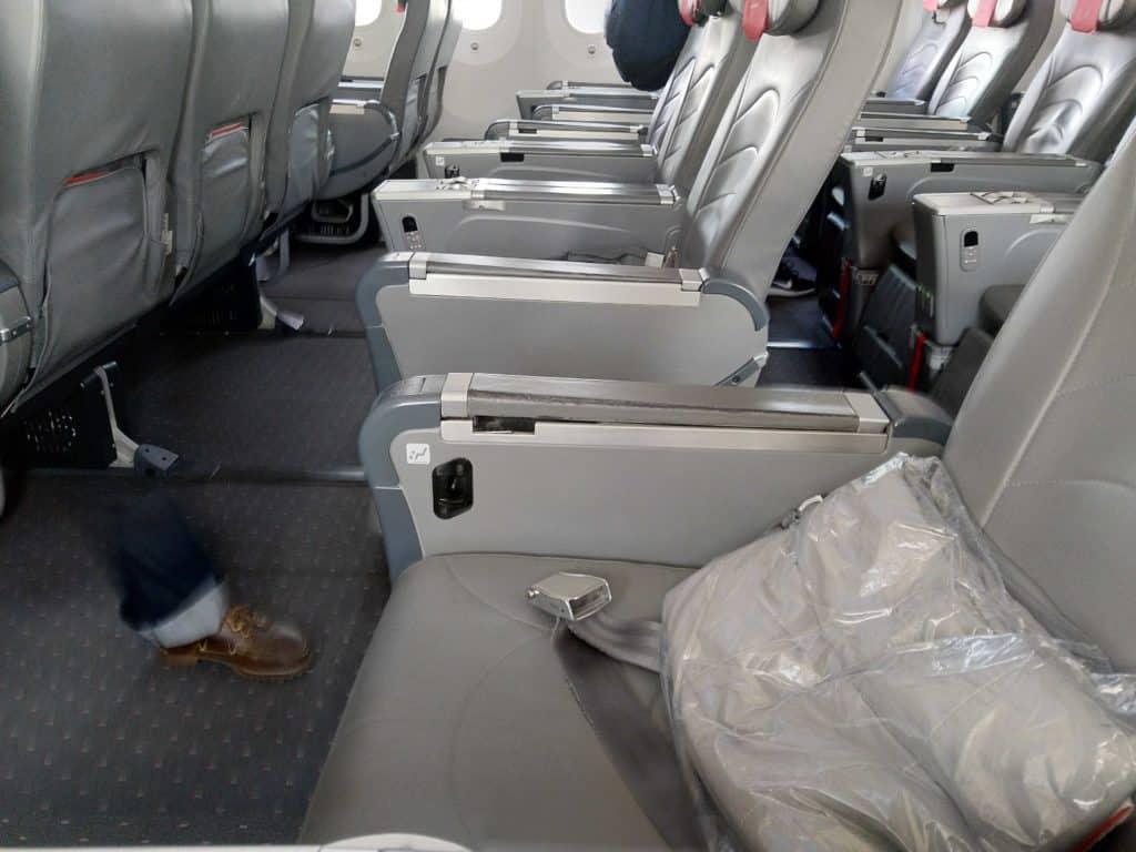 Norwegian 787-8 Premium Cabin 2-3-2 configuration