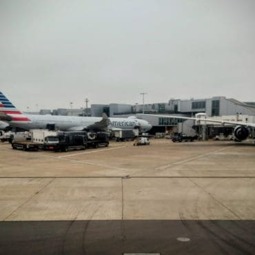 Review: American Airlines (777-200) Business Class from London to Los Angeles