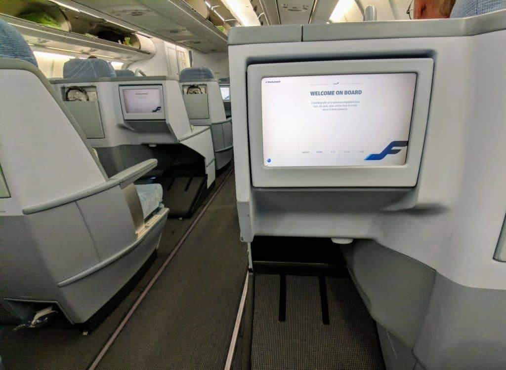 Review Finnair A330 Helsinki Bangkok 008