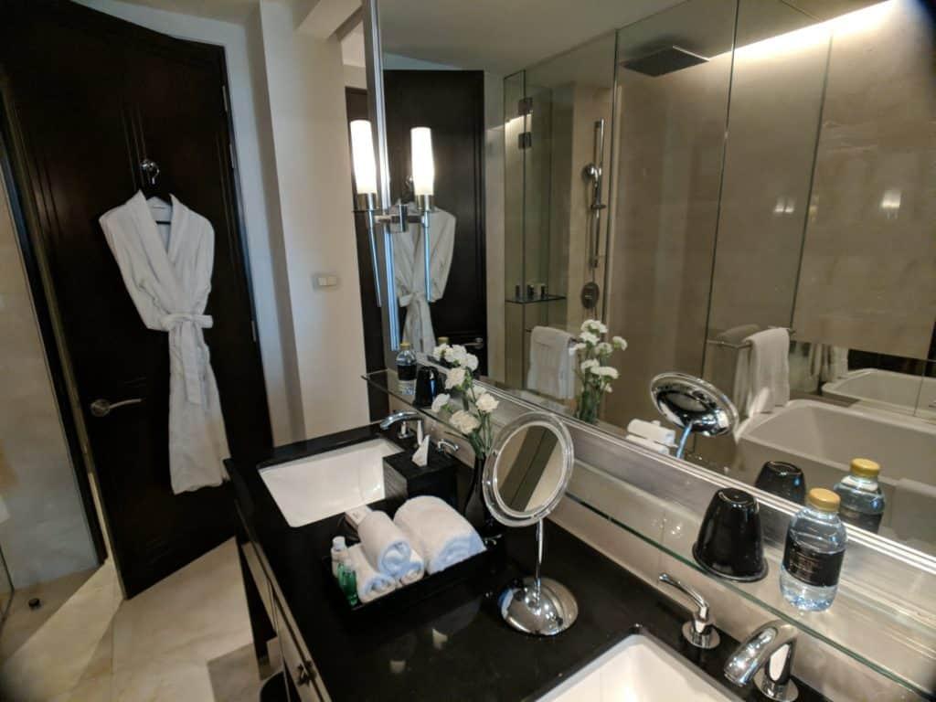 Hotel Review St Regis Bangkok 013