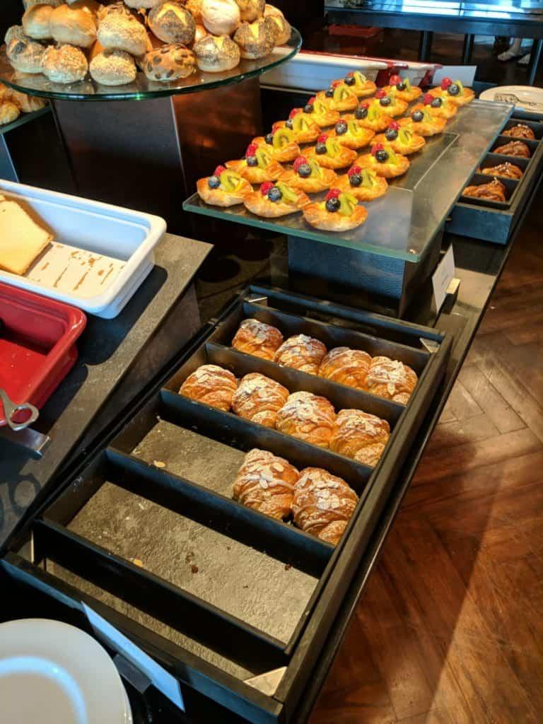Hotel Review St Regis Bangkok 027