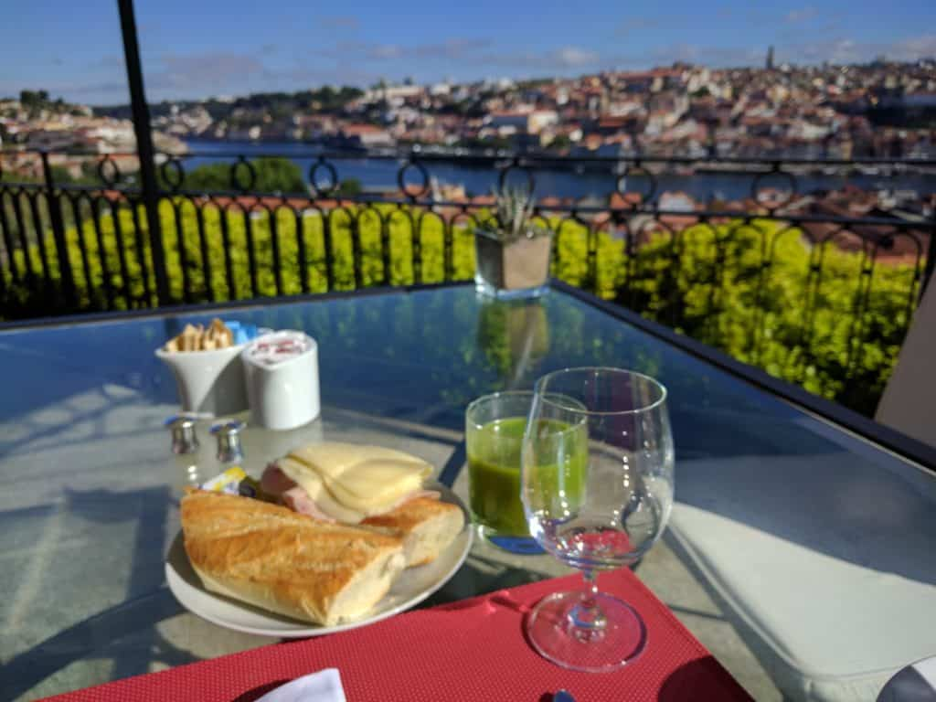 Hotel Review The Yeatman Porto 005
