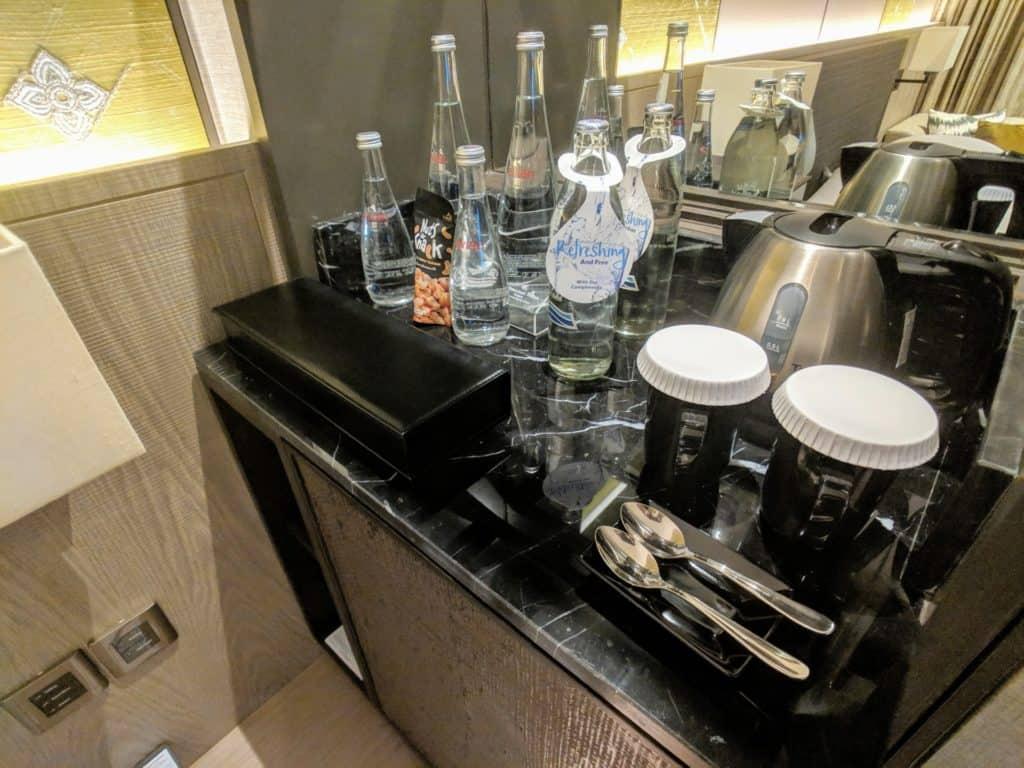 2019 Hotel Review Millennium Hilton Bangkok 006