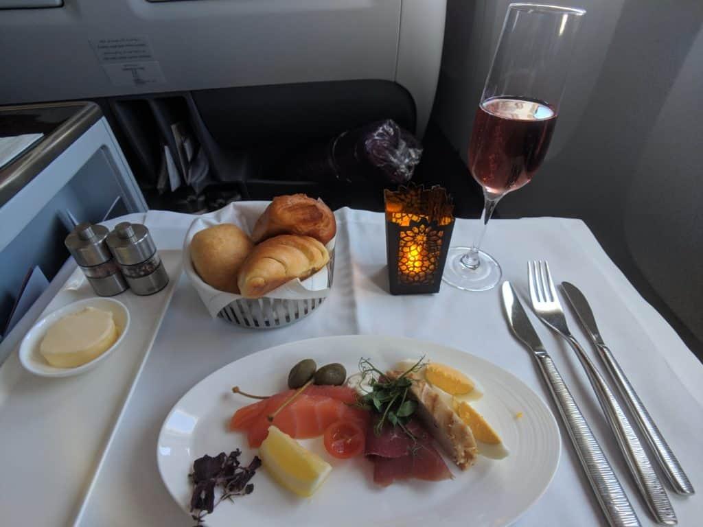 2019 Qatar Airways 777 Business Class Review 002