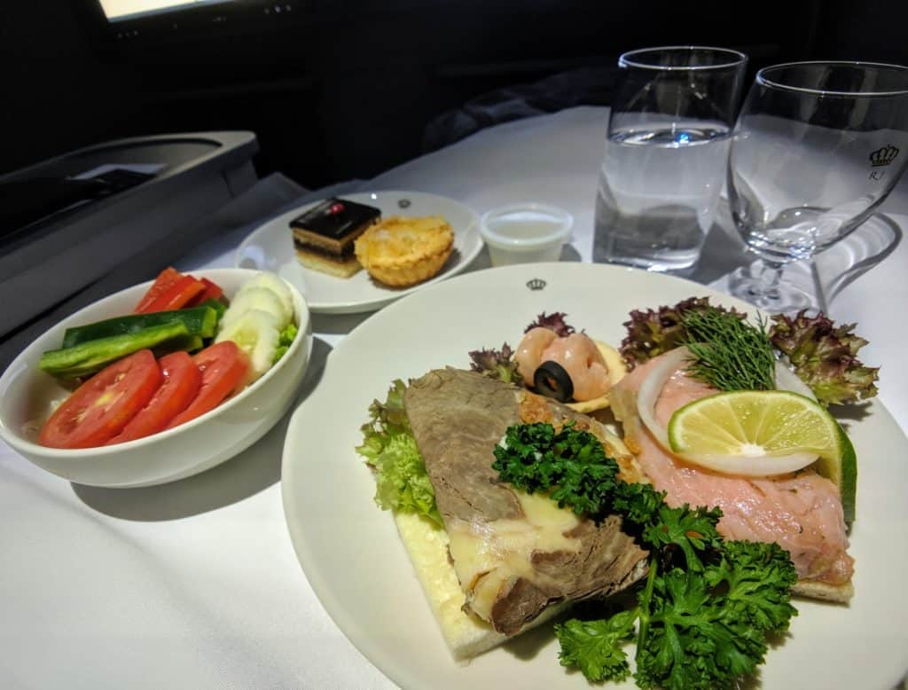 Royal Jordanian 787 Business Class Review 012