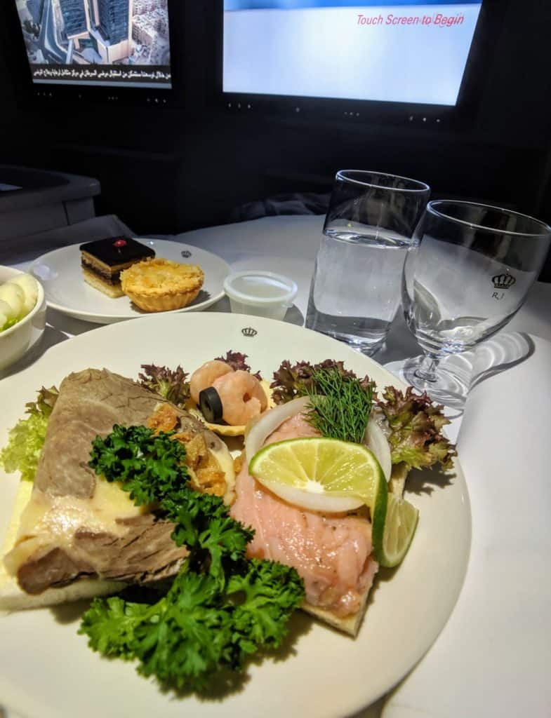 Royal Jordanian 787 Business Class Review 013