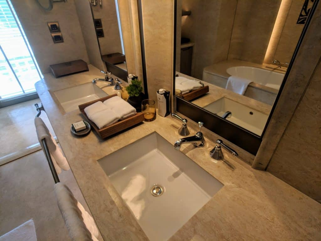 Waldorf Astoria Bangkok Hotel Review 018