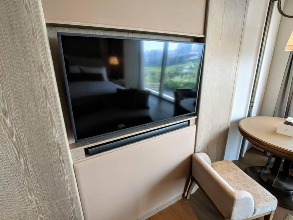 Waldorf Astoria Bangkok Hotel Review 037