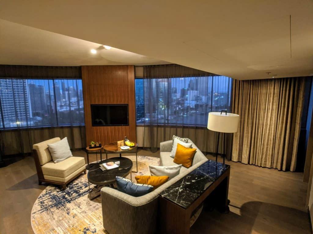 2020 Millennium Hilton Bangkok Panoramic Executive Suite 0002