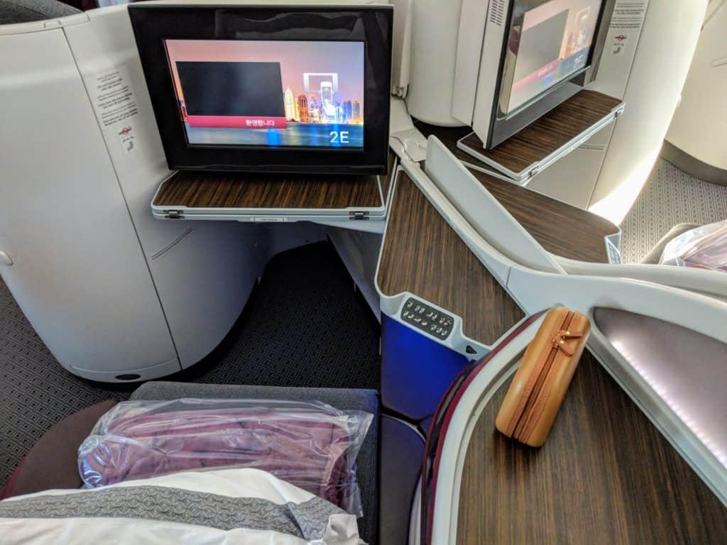 2018 Qatar Airways Business Class 787 Hel Doh 0003