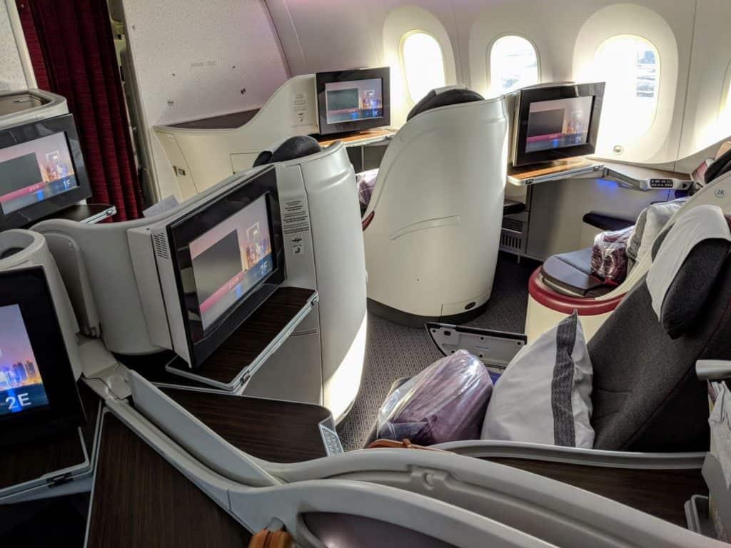 2018 Qatar Airways Business Class 787 Hel Doh 0005